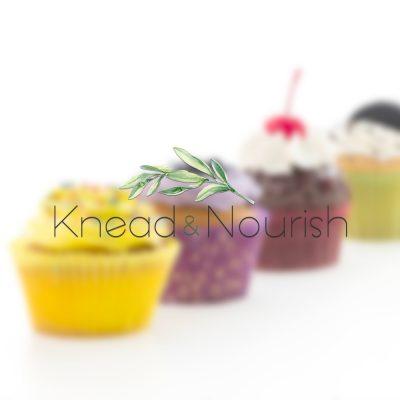 cake logo, baking logo, cupcakes, watercolour logo, minimal, green, floral, stylish